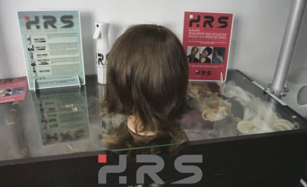 Protesi auto adesiva capelli castani